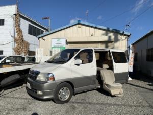トヨタ グランドハイエース 4WD ウェルキャブ サイドリフトアップシート車 成約済み