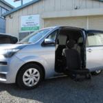 トヨタ スペイド ウェルキャブ 助手席リフトアップシート車